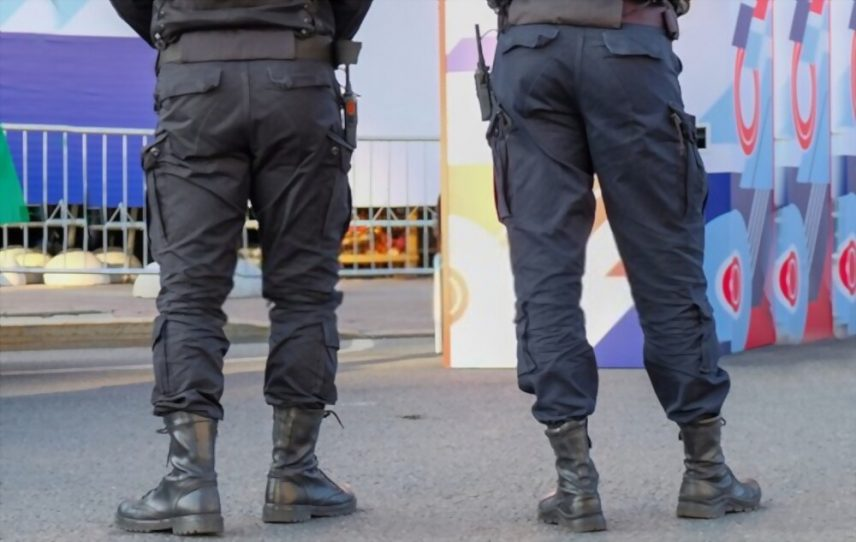 Best boots for security guards e1617462302979
