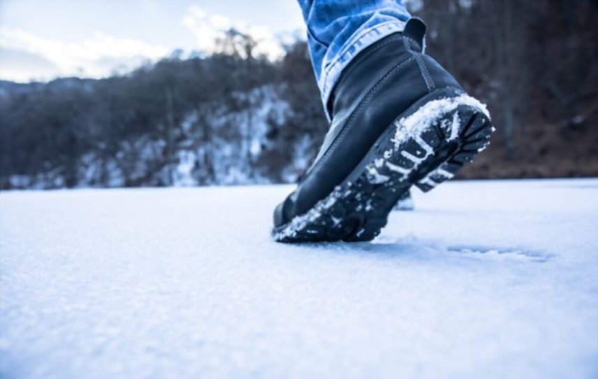 Wear Leather Boots In Snow e1619510975461