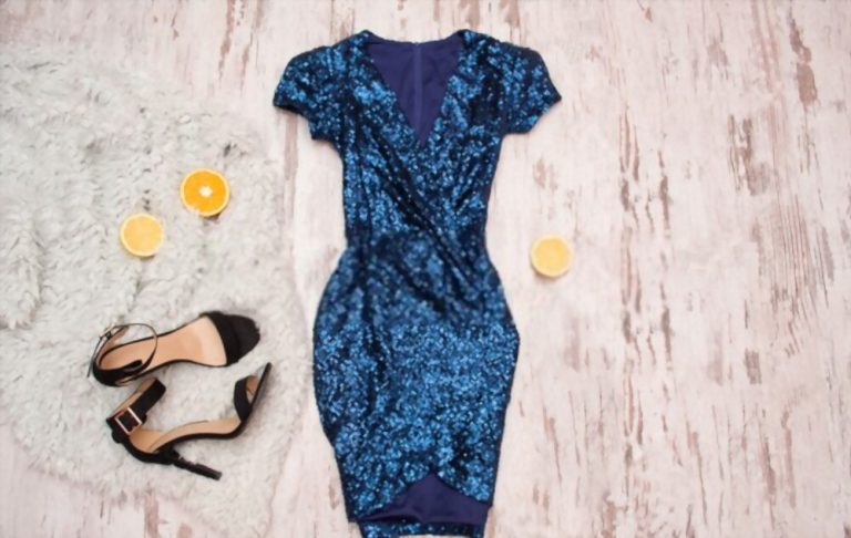 What Color Shoes To Wear With Navy Blue Dress? 17 Ideas!