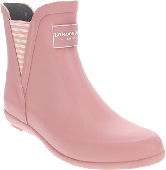 What Color Shoes To Wear With Pink Dress?