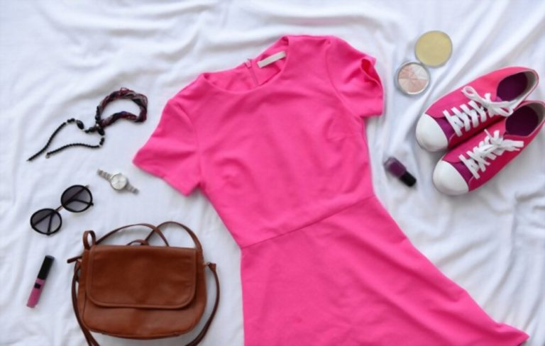 What Color Shoes To Wear With Pink Dress? Quick Tips